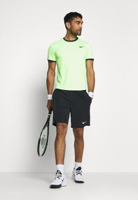 Nike Performance - DRY - T-shirt basic - ghost green/obsidian - 1