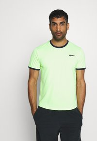 Nike Performance - DRY - T-shirt basic - ghost green/obsidian - 0