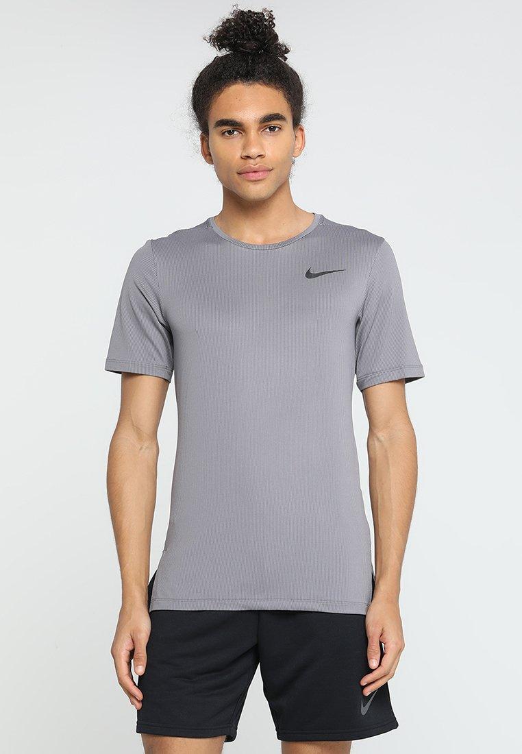 Nike Performance - DRY SLIM - T-Shirt basic - gunsmoke/black