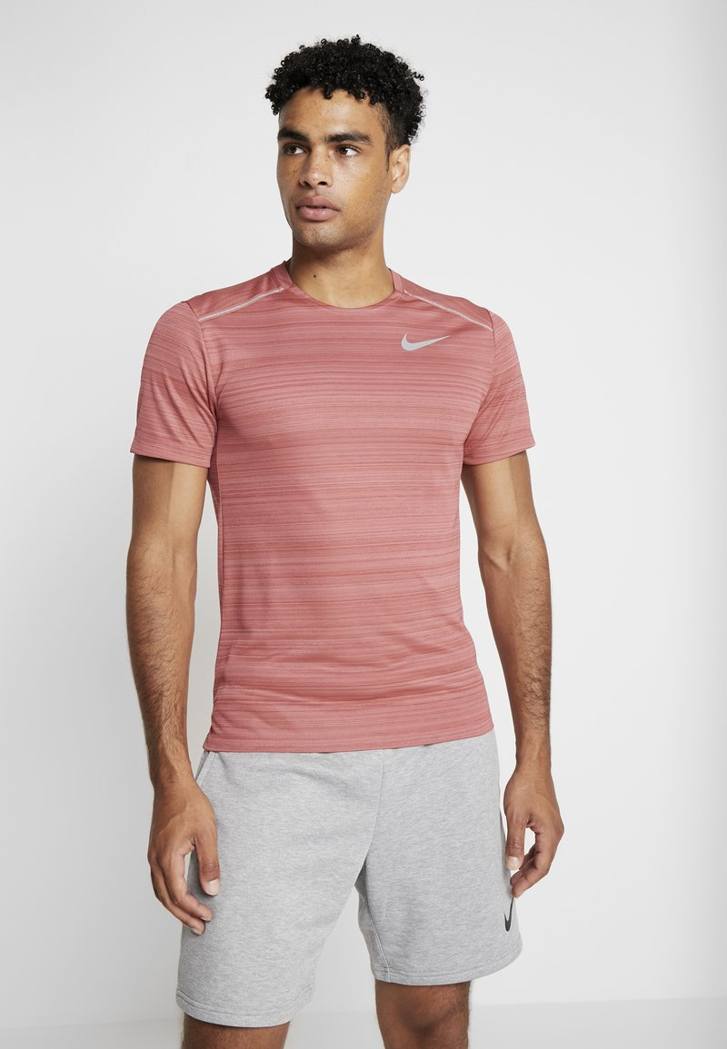 Nike Performance - DRY MILER - Print T-shirt - light redwood/heather/silver