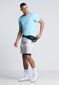 Nike Performance - DRY MILER - Camiseta básica - blue gaze/silver - 1