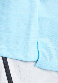 Nike Performance - DRY MILER - Camiseta básica - blue gaze/silver - 7