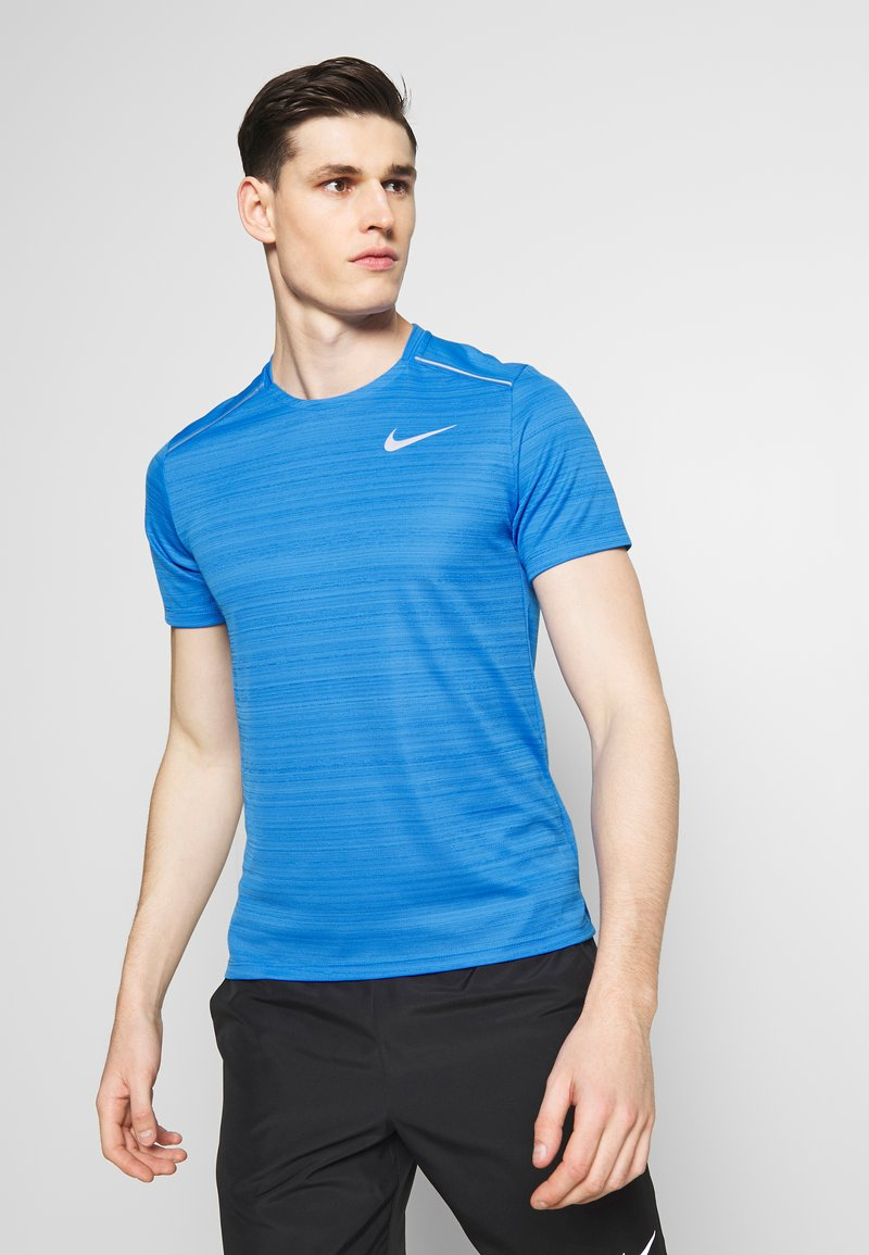 Nike Performance - DRY MILER - Print T-shirt - pacific blue/heather/silver