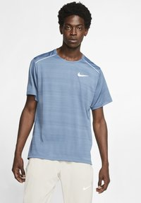 Nike Performance - DRY MILER - Print T-shirt - dark blue - 0