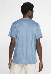 Nike Performance - DRY MILER - Print T-shirt - dark blue - 2