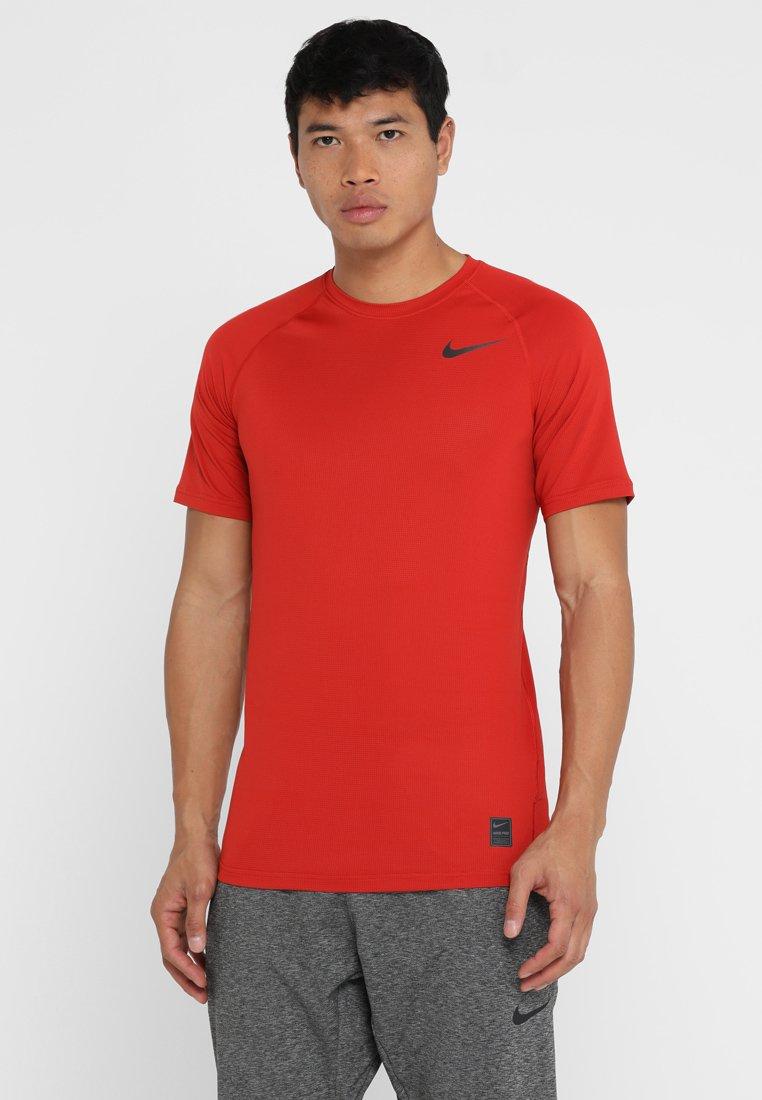 Nike Performance - T-shirt print - mystic red/mystic red/fuel orange/back