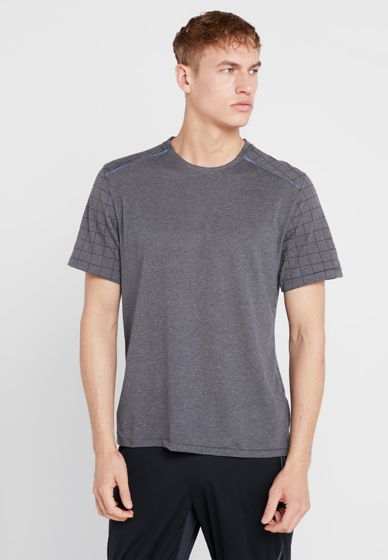 Nike Performance - TECH PACK RUNNING RISE - T-Shirt print - anthracite/heather/silver