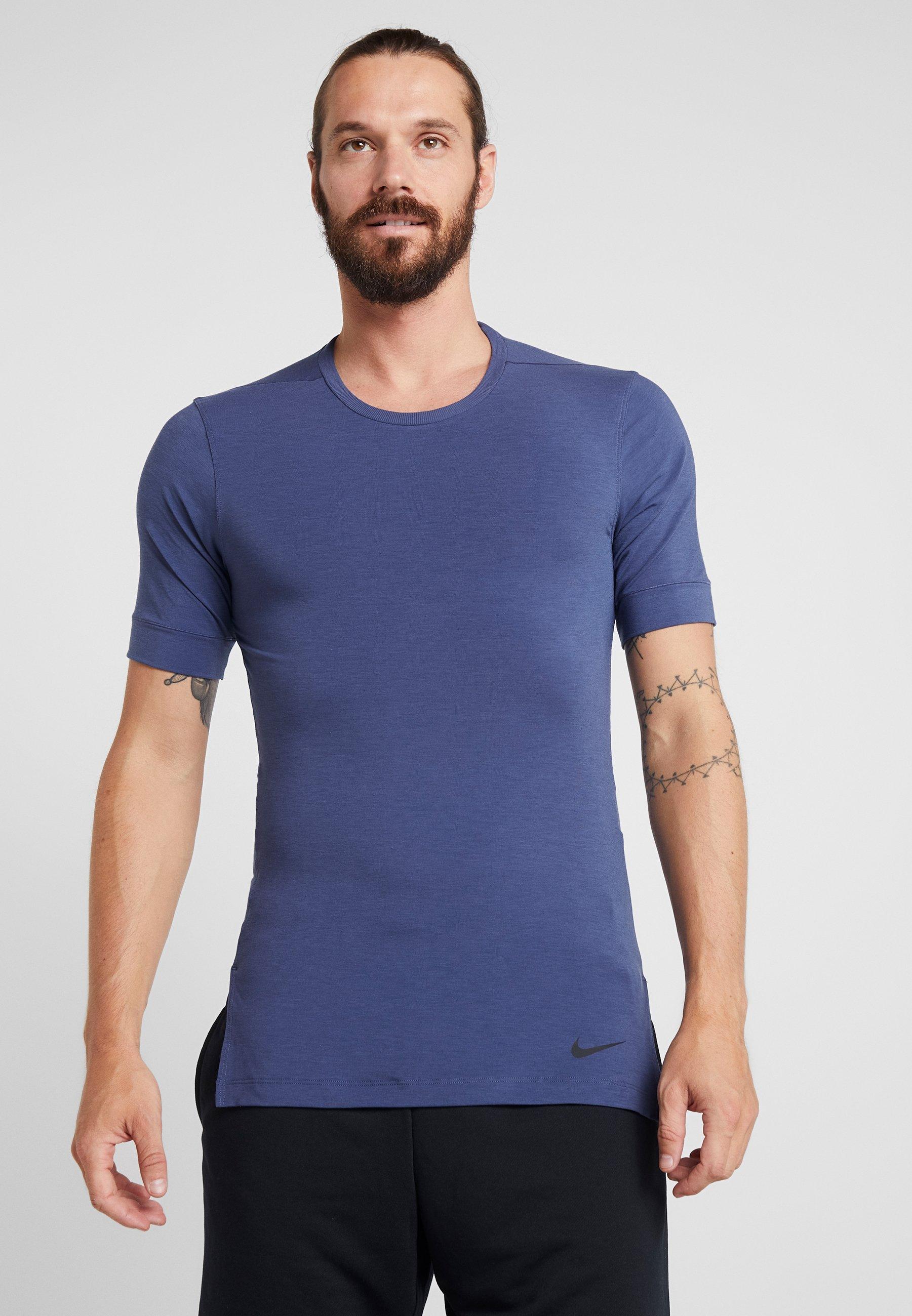 Nike Performance DRY TOP SS TRANSCEND YOGA - T-shirt basic - midnight navy/sanded purple/black