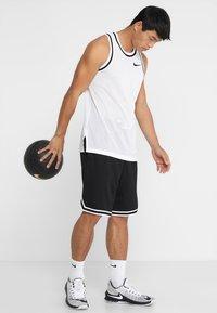 Nike Performance - DRY CLASSIC - Funkční triko - white/black - 1