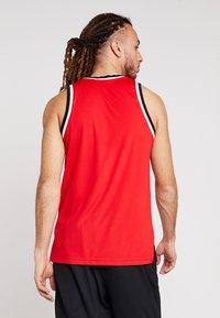 Nike Performance - DRY CLASSIC - Tekninen urheilupaita - university red/black - 2