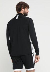 Nike Performance - DRY  - Funkční triko - black/white - 2