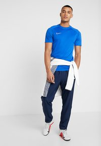 Nike Performance - DRY ACDMY  - Camiseta estampada - game royal/white - 1