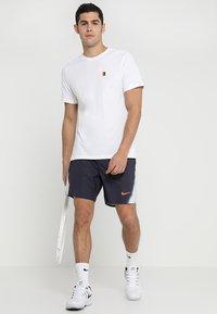 Nike Performance - COURT TEE - T-shirt - bas - white - 1