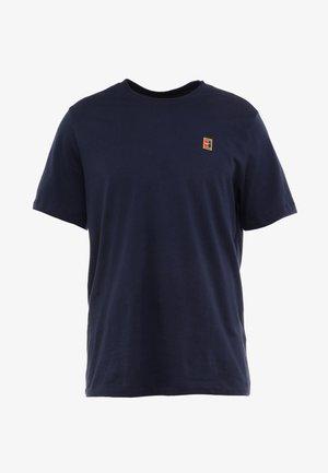 COURT TEE - Basic T-shirt - obsidian