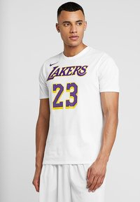 Nike Performance - NBA LA LAKERS LEBRON JAMES NAME NUMBER TEE - Klubbkläder - white - 0