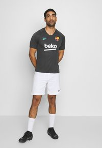 Nike Performance - FC BARCELONA - Fanartikel - smoke grey/dark grey - 1