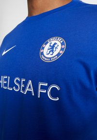 Nike Performance - CHELSEA LONDON FC TEE CORE MATCH - Equipación de clubes - rush blue - 4