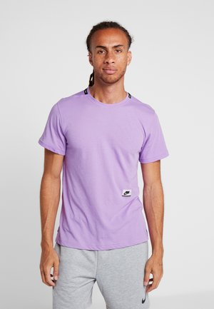 DRY - T-shirt print - bright violet/black/pale ivory