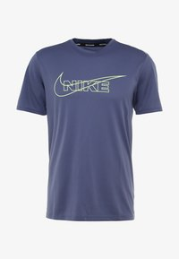 Nike Performance - BREATHE RUN - Print T-shirt - sanded purple/barely volt/reflective silver - 4