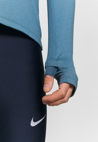 Nike Performance - Sports shirt - thunderstorm/cerulean/reflective silver - 3