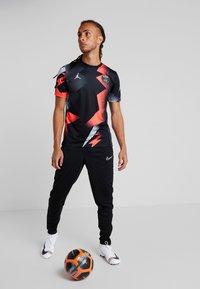 Nike Performance - PARIS ST GERMAIN DRY AWAY - Article de supporter - black/white - 1