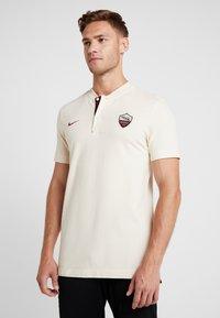 Nike Performance - AS ROM MODERN  - Pelipaita - light cream/dark team red - 0