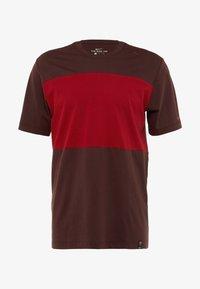 Nike Performance - AS ROM TEE TRAVEL CREST - Club wear - deep burgundy - 4