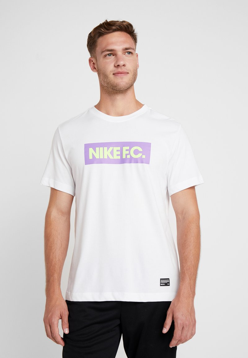Nike Performance - DRY TEE SEASONAL BLOCK - Camiseta estampada - white/bright violet