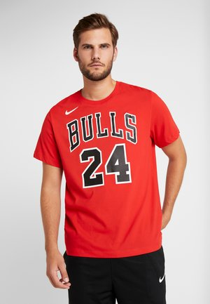 NBA CHICAGO BULLS LAURI MARKKANEN NAME&NUMBER TEE - T-shirt z nadrukiem - university red