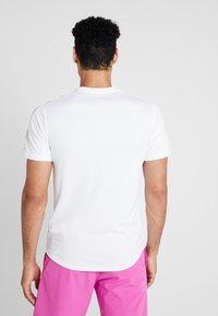 Nike Performance - DRY - Triko spotiskem - white/black - 2