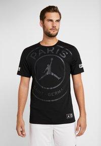 Nike Performance - PSG SS LOGO TEE - T-shirt print - black - 0
