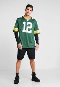 Nike Performance - NFL AARON RODGERS GREEN BAY PACKERS - T-shirt imprimé - fir - 1