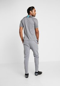Nike Performance - FC BARCELONA PANT  - Article de supporter - smoke grey/cabana - 2