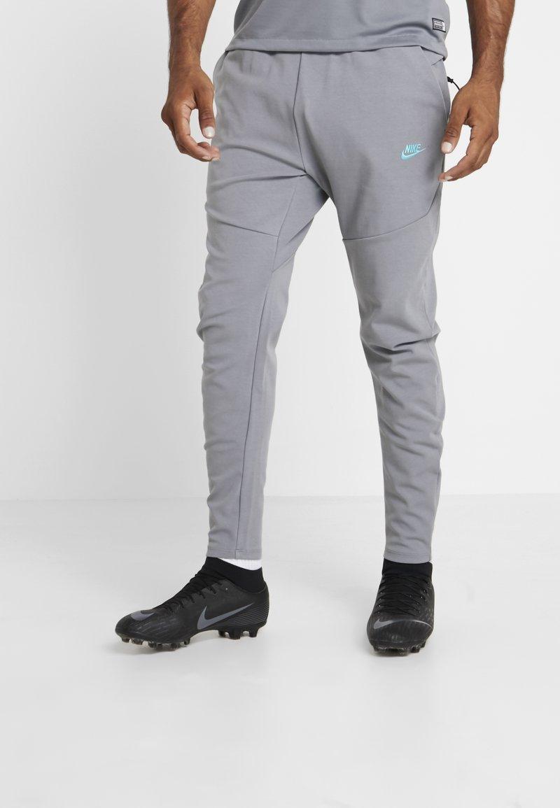 Nike Performance - FC BARCELONA PANT  - Club wear - smoke grey/cabana