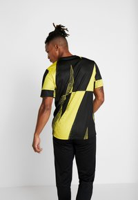 Nike Performance - INTER MAILAND DRY - Article de supporter - tour yellow/black - 2