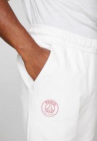 Nike Performance - PARIS ST GERMAIN PANT  - Träningsbyxor - white/midnight navy - 5