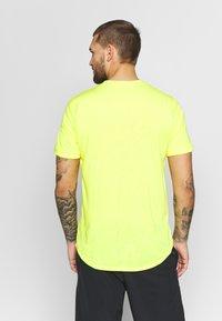 Nike Performance - DRY  - T-shirt - bas - opti yellow/white - 2