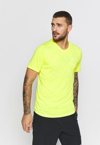 Nike Performance - DRY  - T-shirt - bas - opti yellow/white - 0