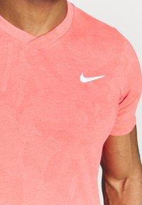 Nike Performance - DRY  - Camiseta básica - laser crimson/white - 4