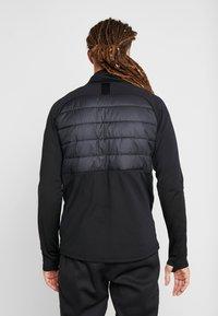 Nike Performance - DRY WINTERIZED - Sweat polaire - black/silver - 2