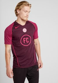 Nike Performance - FC HOME - Print T-shirt - night maroon/noble red/racer pink - 0