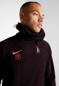 Nike Performance - Fleece jumper - burgundy ash/night maroon/racer pink - 3