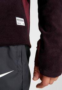 Nike Performance - Fleece jumper - burgundy ash/night maroon/racer pink - 5