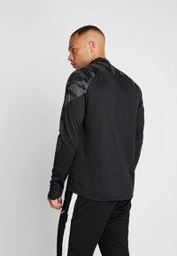 Nike Performance - THERMA SHIELD STRIKE - Fleece jumper - black/anthracite - 2