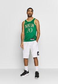 Nike Performance - NBA CITY EDITION BOSTON CELTICS GORDAN HAYWARD - Pelipaita - clover/club gold - 1