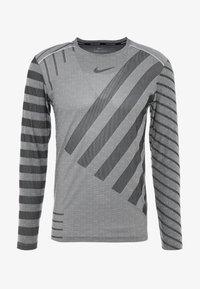 Nike Performance - TECH COOL - Sports shirt - grey fog/black/reflective silver - 5