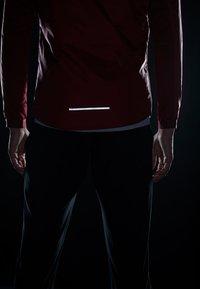 Nike Performance - TRACK AIR - Chaqueta de deporte - team red/scream green/bright crimson - 3