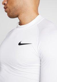 Nike Performance - PRO TIGHT MOCK - Camiseta de deporte - white/black - 5