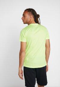 Nike Performance - MILER FLASH - Print T-shirt - barely volt/silver - 2