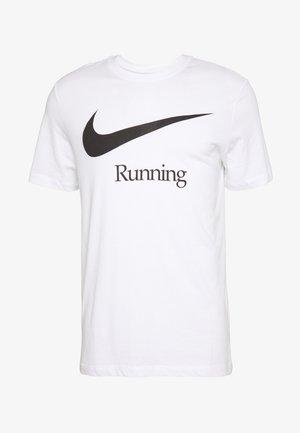 DRY RUN  - T-shirt med print - white